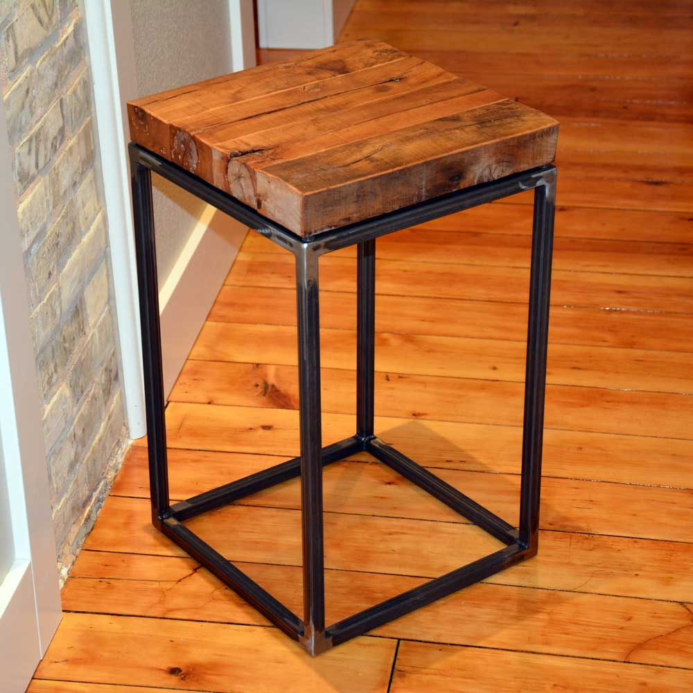 Pictured here is the american country small end table with for Small wood end table